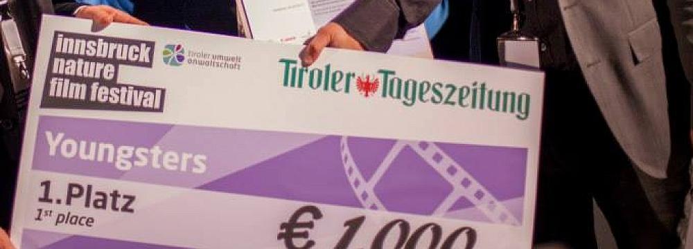 Tadeusz Baraniecki odbiera nagrodę
