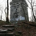 Wieża Bismarcka na szczycie Wiezycy