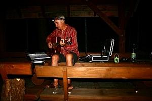 jak widać Tomek śpiewał do późnej nocy. To był chyba jego najdłuższy koncert
