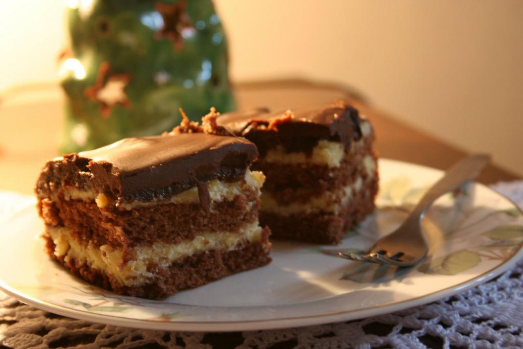 ciasto z suszonych śliwek, fot, Hania Budzyńska