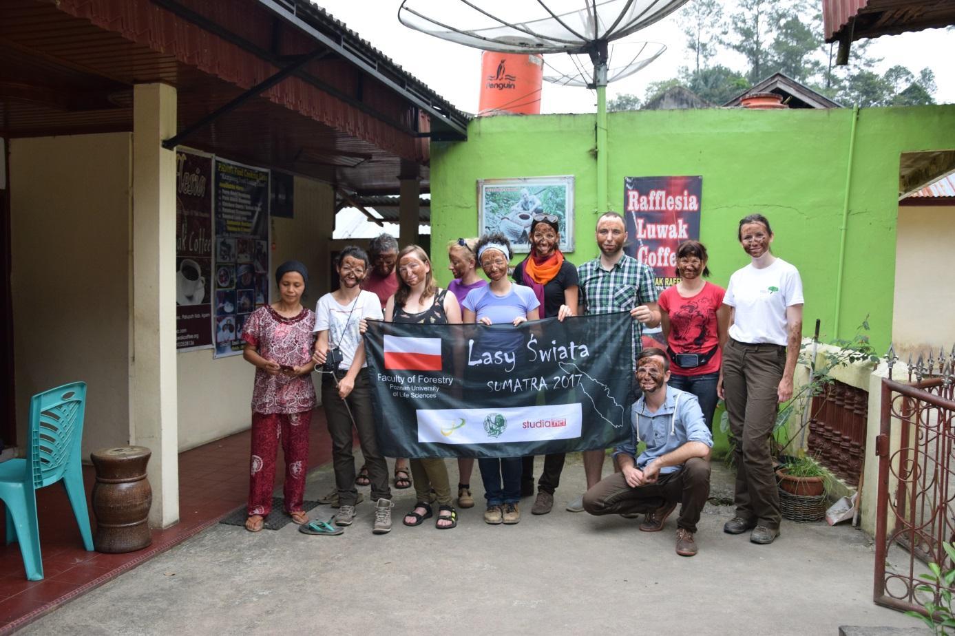 Zabieg odmładzający z kopi luwak w The House of Rafflesia Luwak Coffee fot. Blanka Wiatrowska